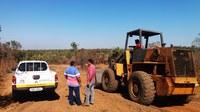 Vereador Airton vistoria obras de abertura e recuperação de estradas na região de Mata Cavalo