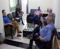 Vereadores e prefeito de Livramento se reúnem com Bezerra e cobram investimentos para o Município.